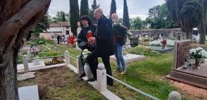 UMAG: Gradonačelnik i ravnateljica POU posjetili grob Ante Babića