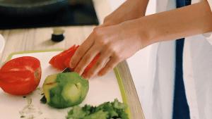 Novi koncept u Novigradu: Gosti hotela uče kuhati s kuharom