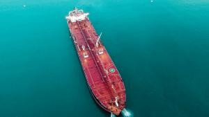 Hrvatski tanker u Bosporu nekontrolirano plutao prema obali